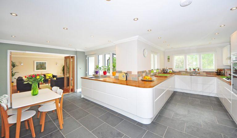 Dlaczego warto powierzyć remont kuchni profesjonalistom?